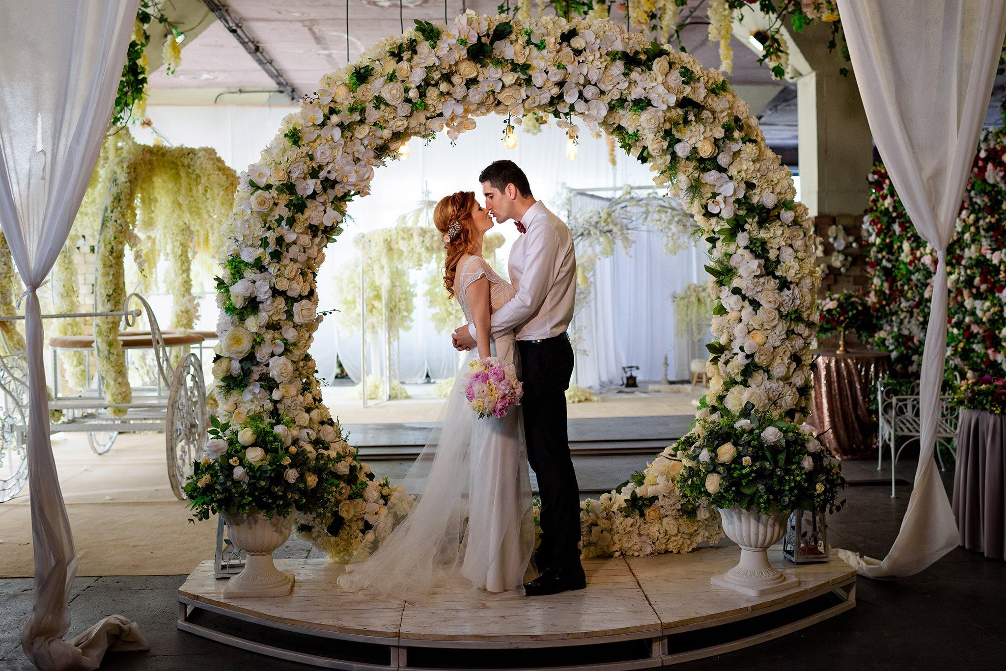 cele mai frumoase locatii pentru sedinta foto din ziua nuntii in Bucuresti
